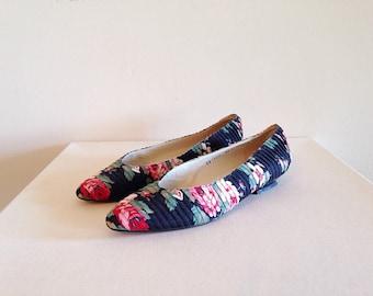 Vintage 1980s Floral Flats Ladies Size 8 1/2 Boho