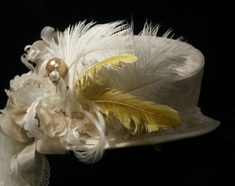 Off-white brocade riding hat. Top hat. Mini top hat. Steampunk. Victorian. Bridal.