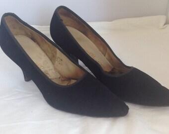 1950s black suede point toe pumps - AU 7 / EU 37