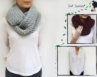 Winter Gift Scarf, Chunky Scarf Circle, Best Seller Gift, Infinity Hand Knit, Snuggly Accessory, Cowl Hand Knit Gift, Loop Hand Knit Scarf