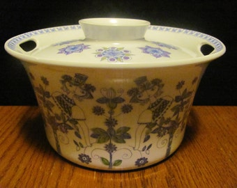 Figgjo Flint Turi Lotte Made in Norway Lidded Casserole Dish