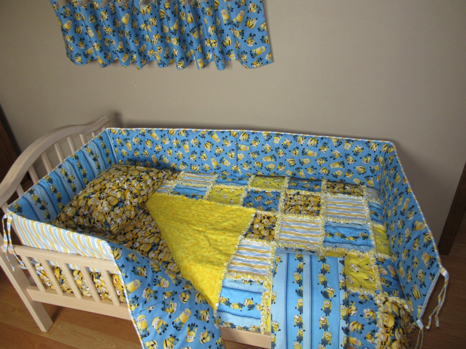 Minion Despicable Me Fabric Crib Bedding Set Rag Quilt Valance