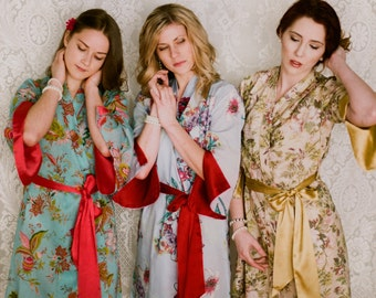 One custom lined Angel Sleeve kimono robe with pockets. Art Deco robe Bohemian robe Cotton kimono robe Womens robe