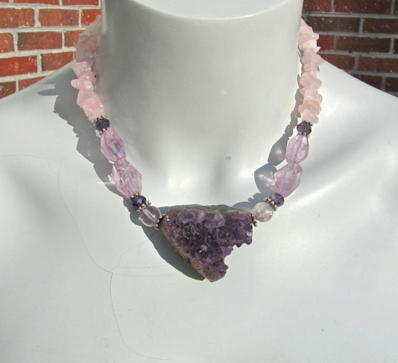 Quartz Statement Necklace, Amethyst Druzy Pendant, Chunky Amethyst, Rose Quartz Necklace, Colour of the Year, Natural Stone 273
