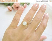 Sale - Gold opal ring - gold ring with white opal crystal - vintage ring - bridal jewelry - opal ring - opal ring gold, vintage opal ring