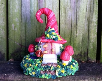 Coral Cottage Fairy House in polymer clay by pinkchihuahuacrafts