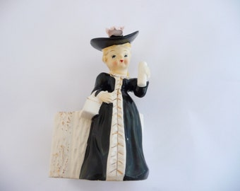 Vintage Planter  Lady Southern Bell