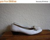 Sale Ferragamo Ballet Flats / Vintage Ferragamo / Salvatore Ferragamo Shoes / Ivory Leather Pumps / Ferragamo Pumps 6.5C