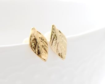 Gold Leaf Earrings • Petite gold leaves stud earrings • Leaves ear studs