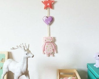 Pink owl nursery etsy for Decoration murale juive