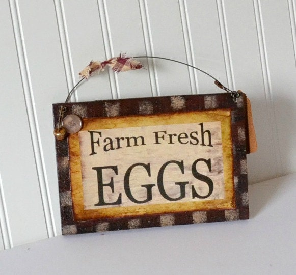 Primitive Wooden Kitchen Signs: Rustic Country Farmhouse Egg Hanging Wooden Kitchen Sign