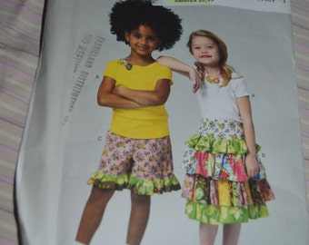 Butterick 5777 Childrens Top, Skirt and Shorts Sewing Pattern - UNCUT Size 2 3 4 5