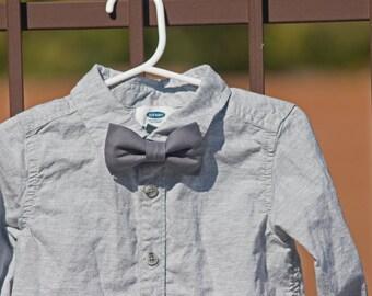 Gray Bow Tie..Dark Gray Bow Tie..Clip on Bow Tie...Toddler Bow Tie..Newborn Bow Tie..Bow Tie Photo Prop..Spring Bow Tie