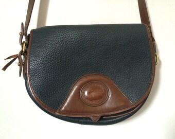 vintage Dooney & Bourke navy pebbled leather crossbody purse