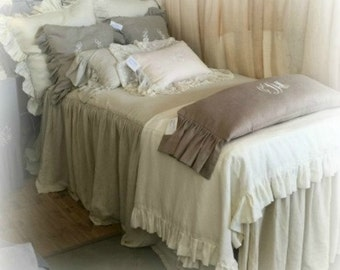 Linen Skirted Bedpread