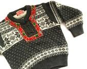 Vintage Norwegian kids sweater by Knitewear Scandinavian Sweater Gray Nordic pattern sweater White Gray red Knit Sweater Wool jumper