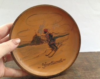 Vintage Swedish Wooden Plate Souvenir wood plate Rustic Swedish folk art Decorative plate Jamtland souvenir