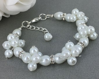 Pearl and Rhinestones Pearl Bracelet Bridesmaids Bracelet Bridesmaid Gift for Her Bridal Jewelry Cluster Bracelet Wedding Jewelry Gift