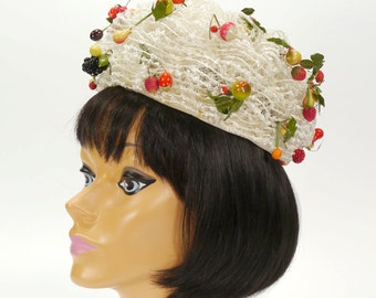 Vintage Women's White Pill Box Hat with Fruit by Mr. John Jr. - Church Hat - Apples/Berries/Oranges & More