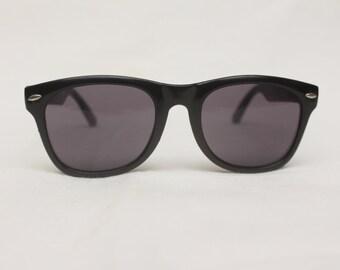 "90's Vintage ""RISKY BIZNESS"" Wayfarer Sunglasses"