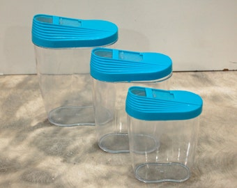 Set of nesting pouring containers vintage