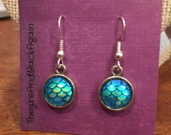 10mm Metallic Light Blue Mermaid Skin Dangle Earrings