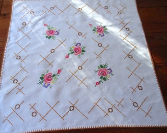 Vintage Tablecloth  Cross Stitch  Linens Handmade  Floral Embroidered Linen Tablecloth .