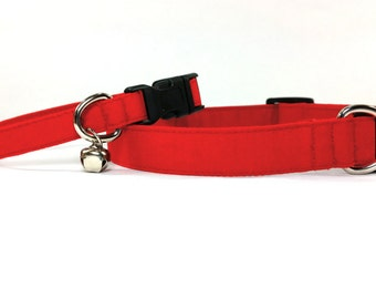 Red dog collar, red cat collar with bell (removable), adjustable