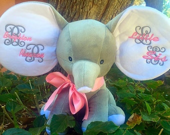 Dumbles the elephant personalized in grey. Your choice of design and color thread.