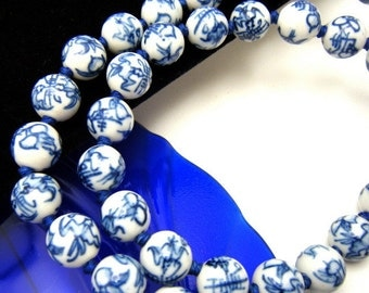WWII Souvenir Necklace Chinese Sweetheart Hand Knotted Blue White Ceramic Beads