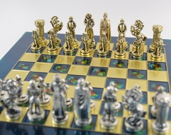 Medieval Chess Set (33X33cm)/Bronze chess board