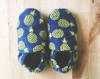 Pineapple Soft Sole Shoes// soft soles// pineapple shoes// crib shoes