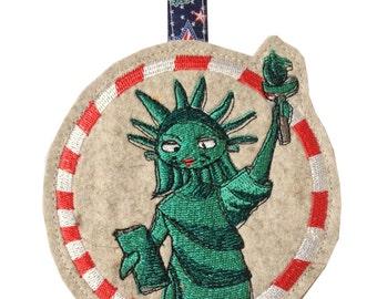 Key fob LAdy Liberty