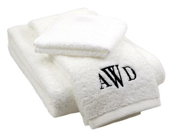 White Bath Towel 3pc Set- Monogrammed -Pick Your Thread Colors/Fonts