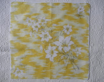 Hanky Vintage Yellow and White Lillies Linen