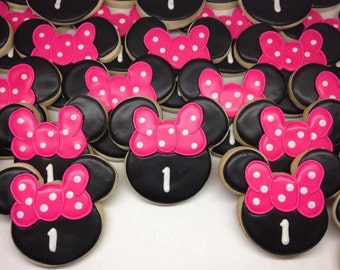 Minnie Mouse Style Cookies