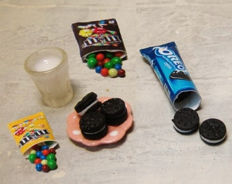 1:12 scale Dollhouse OREO and M&M
