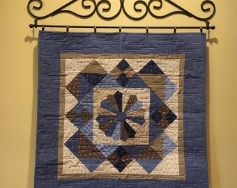 "32"" Scroll Wall Quilt Rack"