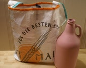 ON SALE The Doubler : Repurposed Spent Malt Bag to Hold Two Growlers - Best Malt