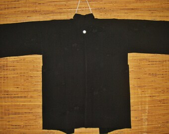 HAORI SILK Vintage Japanese Haori Mon Crest Woven Shikishi Black Silk One Mon Haori Kimono Jacket Japanese Silk Haori wth Modified Sleeve