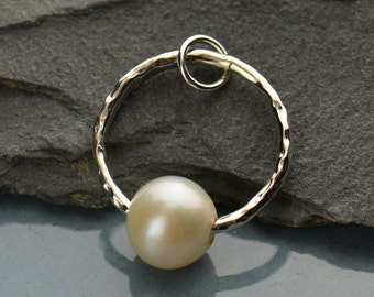 Sterling Silver Hammered Circle with Pearl