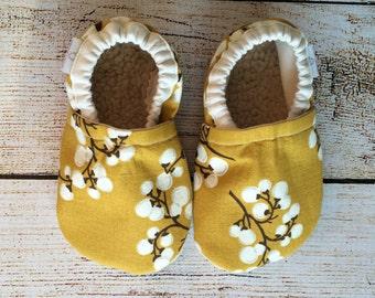 12-18 month Golden Blossom Booties