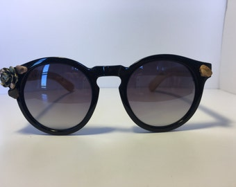 Crystal Adorned Round Frame Sunglasses with Wood Arms