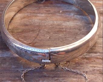 Vintage sterling silver bangle
