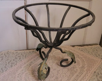 Wrought Iron Planter Vintage Patina Leaves Country Cottage Farmhouse Decor