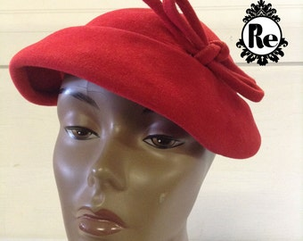 Vintage Women's Hats 1950's  Red Wool Felt  Hat Tam Cap with Bow No. 78