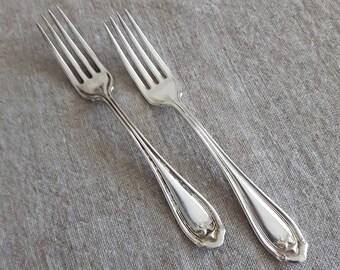 Antique Wm Rogers Abington SXR silver plate dinner forks - set of 2