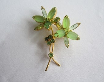 Vintage Green Rhinestone Daisy Flower Pin Brooch