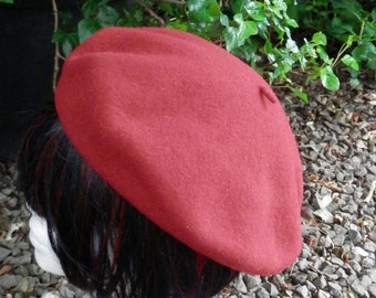 Vintage Red Beret from Kangol Designed in Britain 100% Pure New Wool
