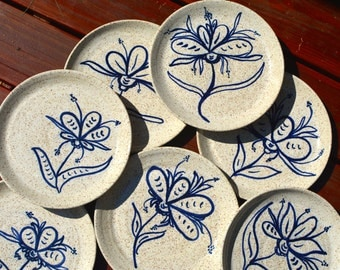 Stoneware Dinner Plates - Speckled White with Cobalt Blue Wild Flowers